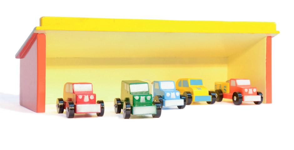 Parqueadero con autos